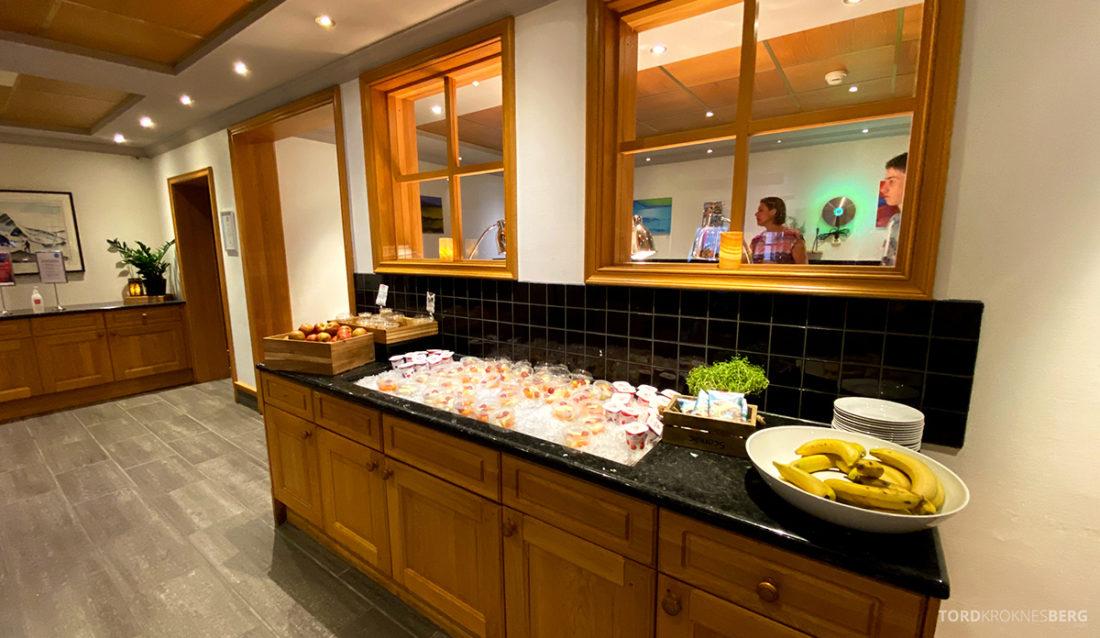 Scandic Alexandra Hotel Molde buffet ute