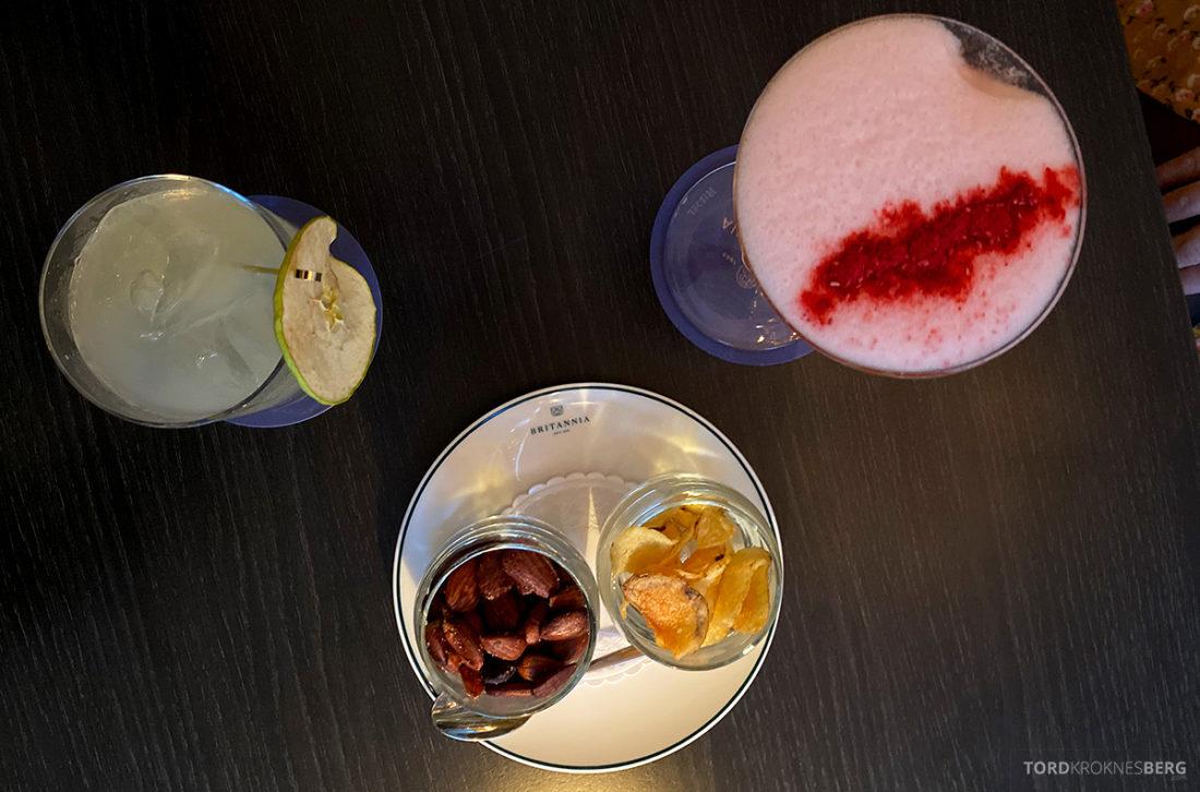 Britannia Hotel Trondheim bar drinker