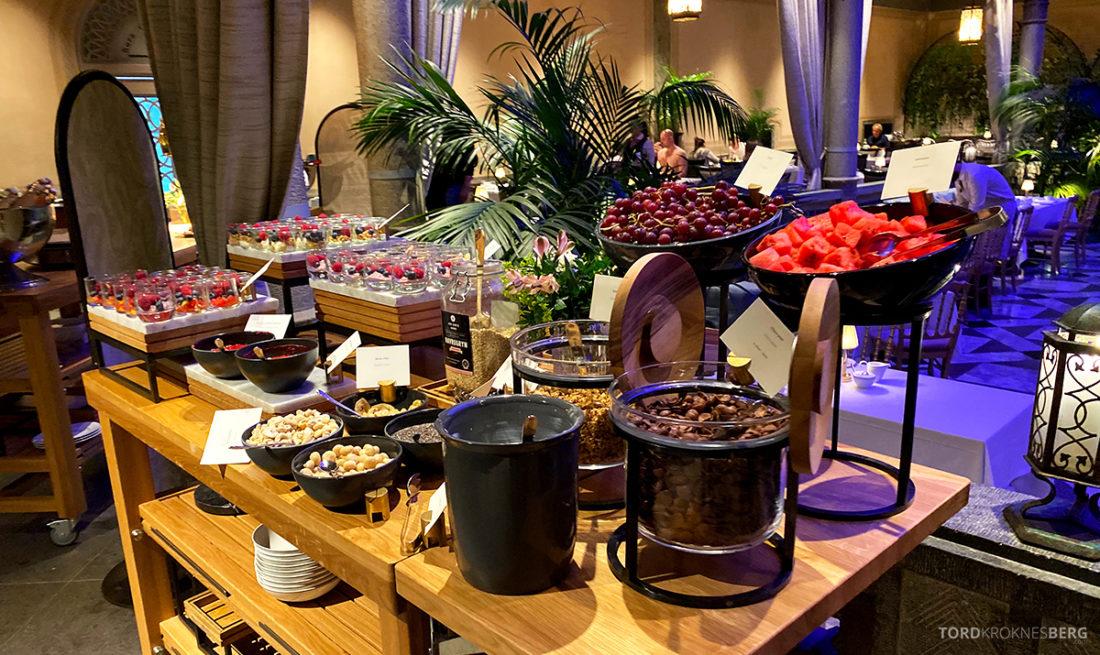 Britannia Hotel Trondheim frokost frukt