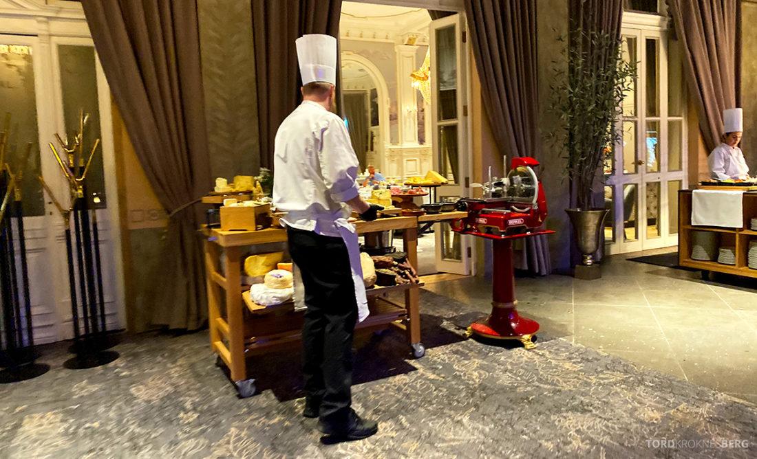 Britannia Hotel Trondheim frokost ost