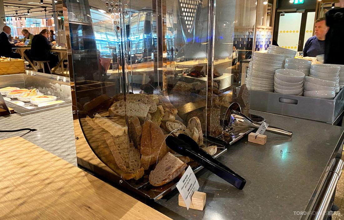 SAS Lounge Oslo Corona brød