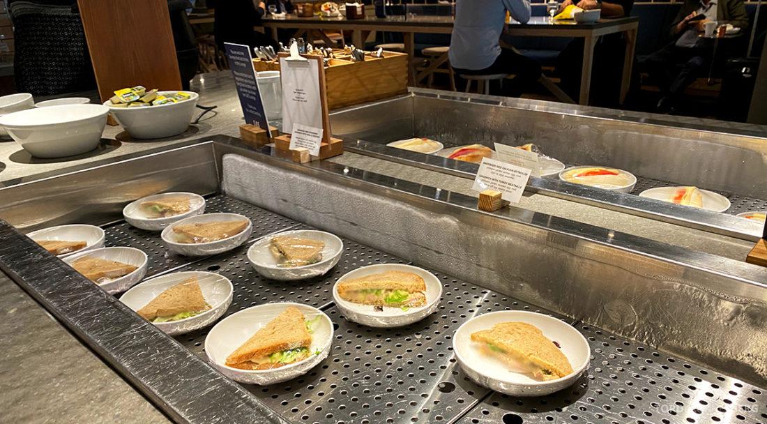 SAS Lounge Oslo Corona sandwich