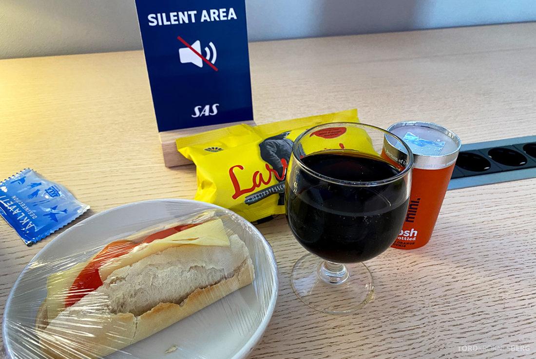 SAS Lounge Oslo Corona mat