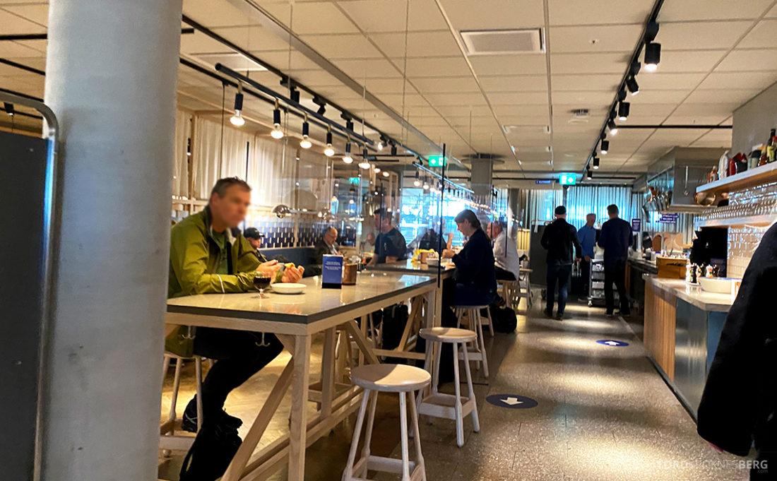 SAS Lounge Oslo Corona folksomt