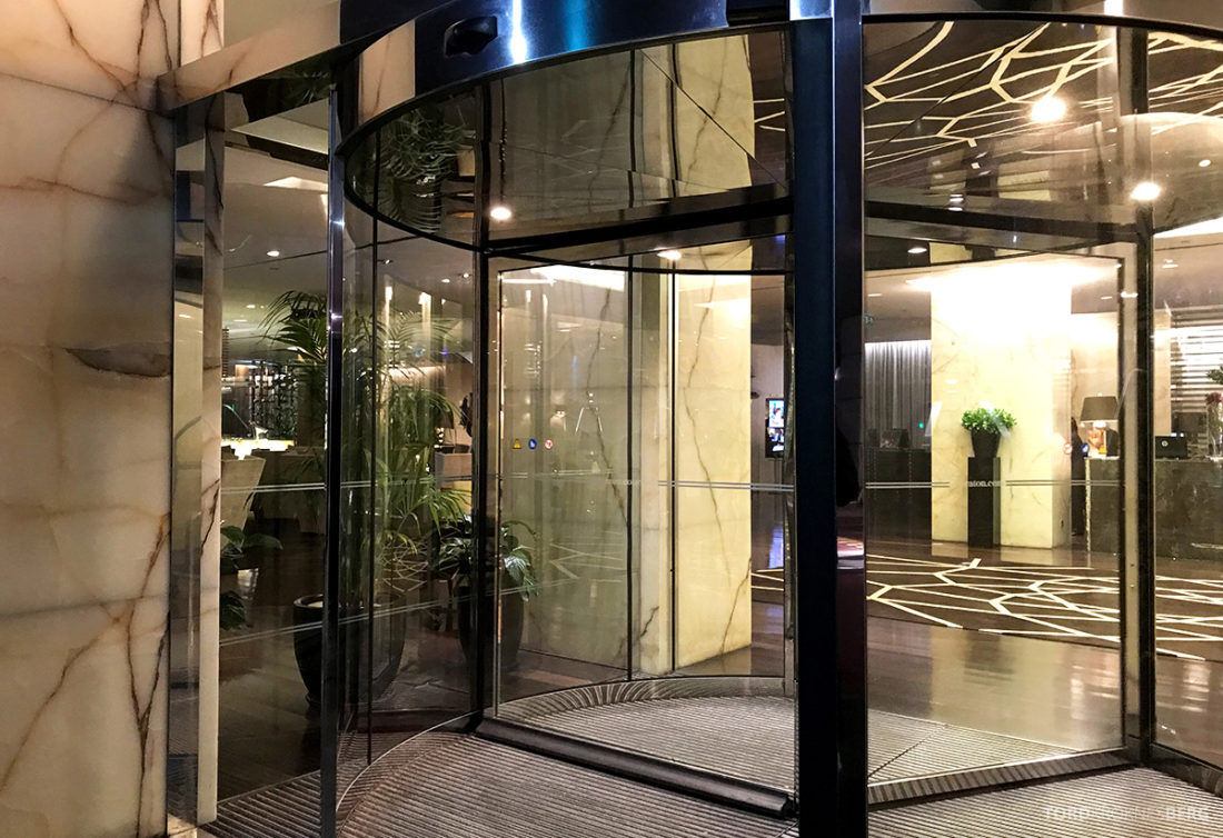 Sheraton Lisboa Hotel inngangsdør
