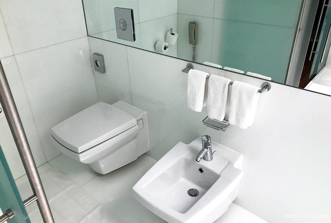 Sheraton Lisboa Hotel toalett og bidè