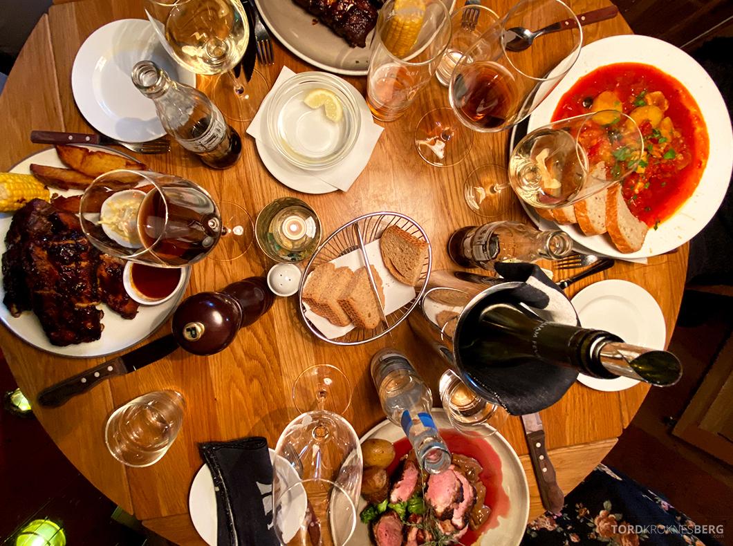 Biffhuset Skarven Tromsø Restaurant mat bord