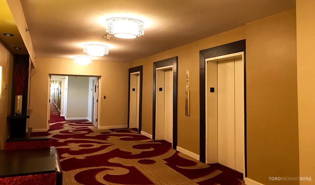 Renaissance Newark Airport Hotel korridor