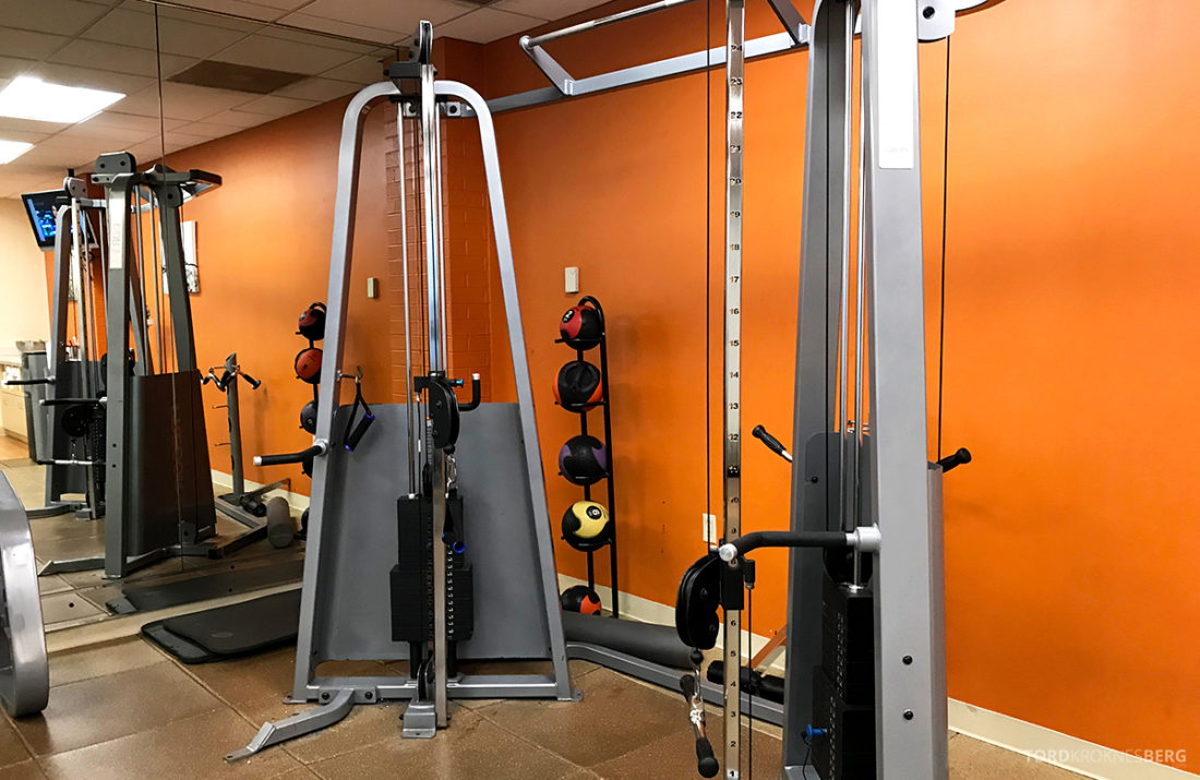 Renaissance Newark Airport Hotel gym apparat