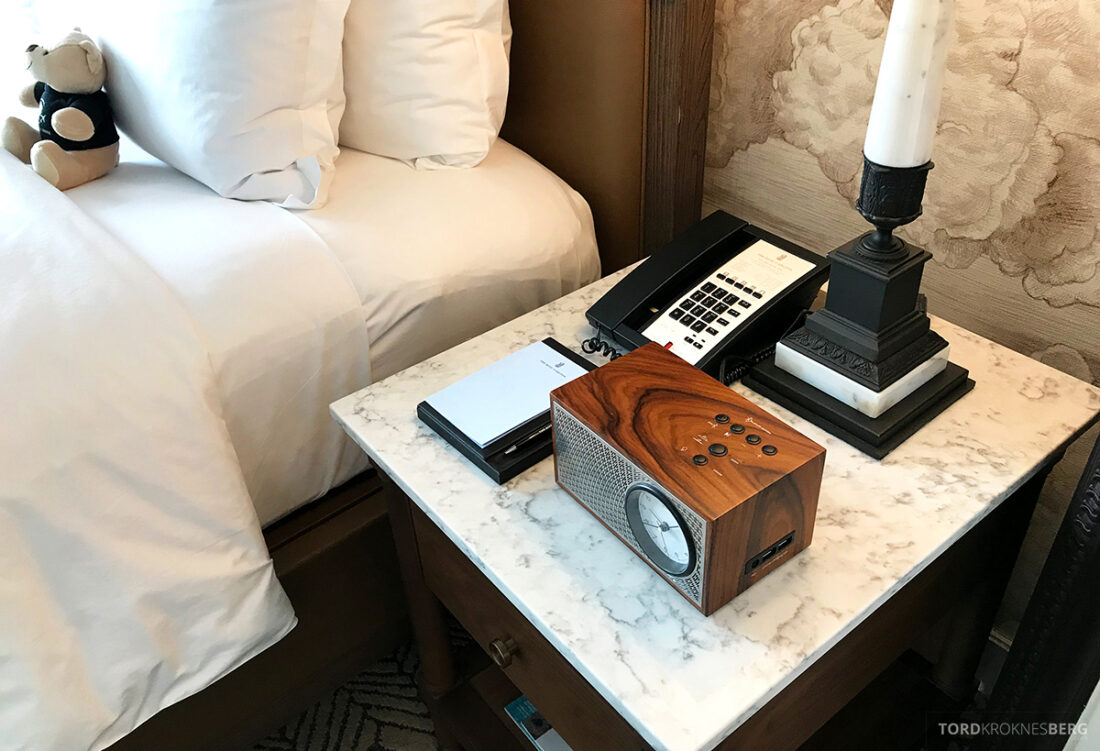 Ritz-Carlton Hotel New York Central Park radio