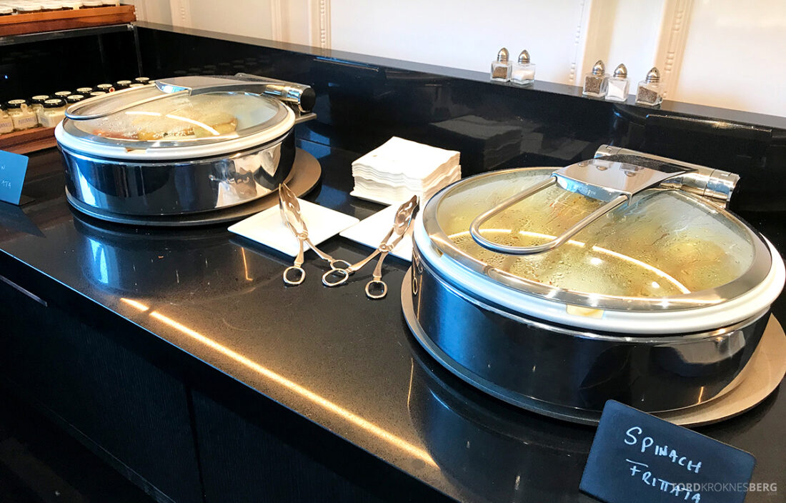 Ritz-Carlton Hotel New York Central Park Club Lounge varmmat frokost