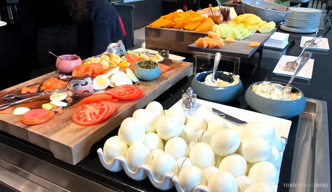 Ritz-Carlton Hotel New York Central Park Club Lounge egg frokost