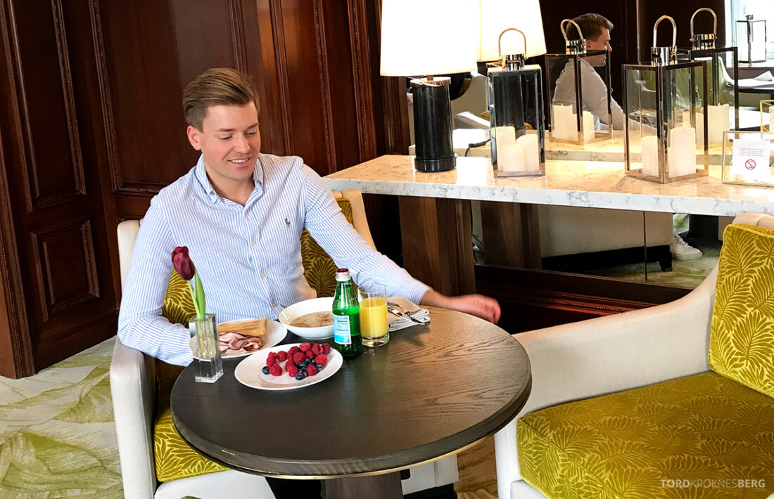 Ritz-Carlton Hotel New York Central Park Club Lounge Tord Kroknes Berg frokost