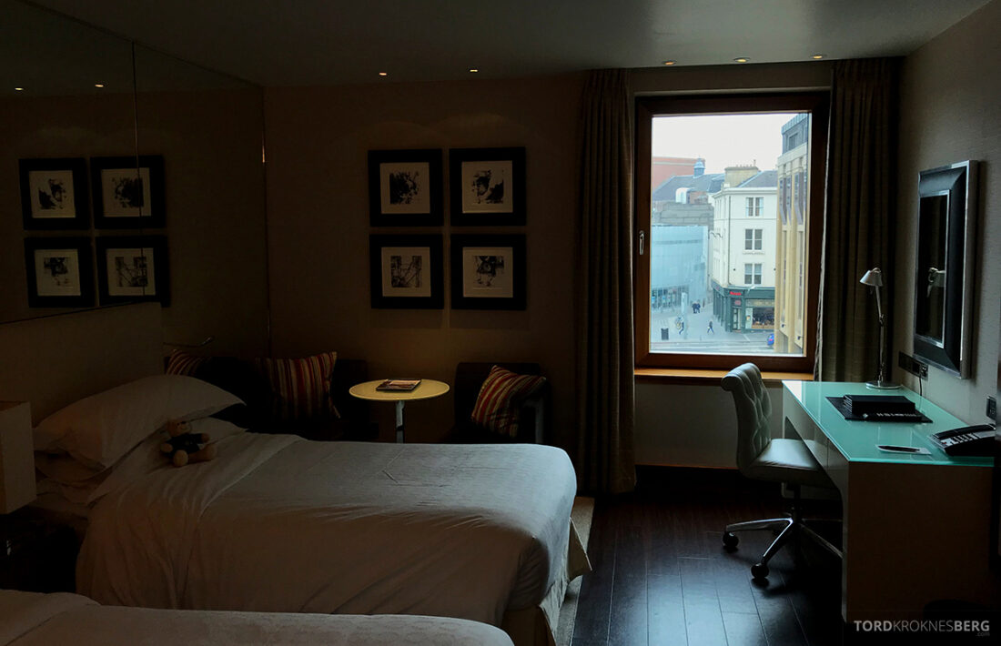 Sheraton Grand Hotel & Spa Edinburgh club room
