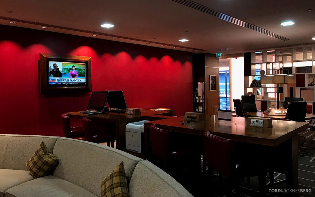 Sheraton Grand Hotel & Spa Edinburgh lobby