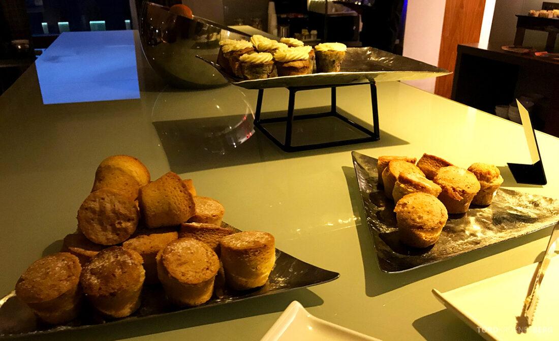 Sheraton Grand Hotel & Spa Edinburgh Club Lounge muffins