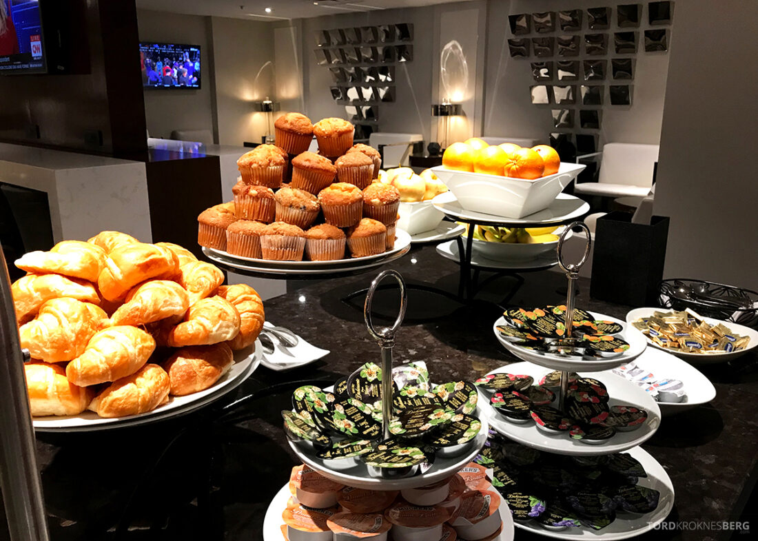 Beverly Hills Marriott Hotel Executive Lounge frokost bakst