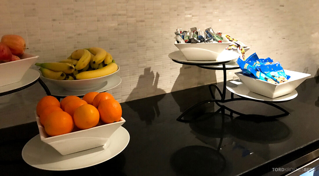 Beverly Hills Marriott Hotel Executive Lounge frukt og snacks