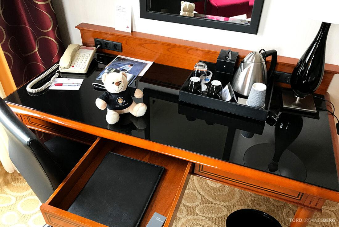 Marriott Hamburg Hotel skrivebord