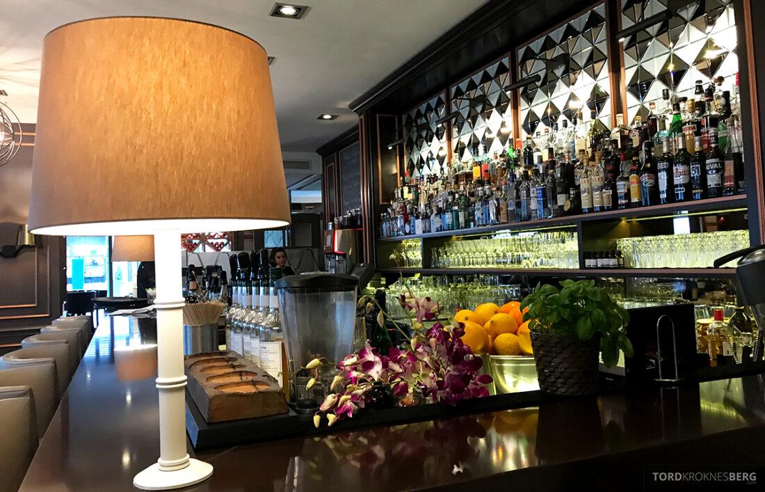 Marriott Hamburg Hotel bar