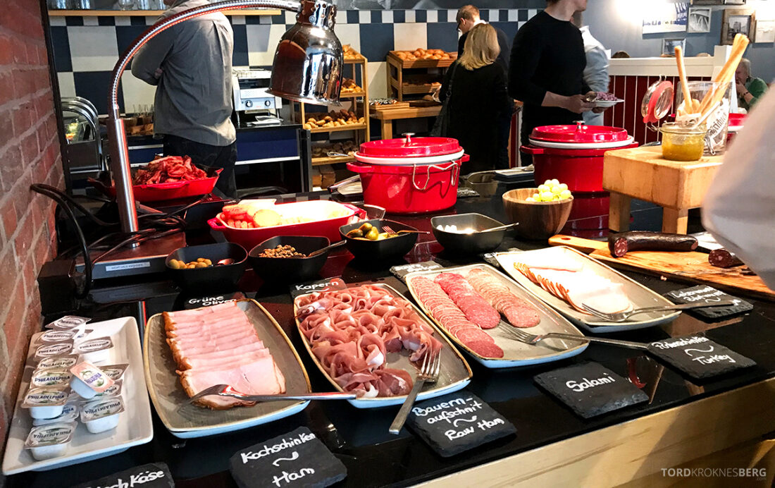 Marriott Hamburg Hotel pålegg frokost
