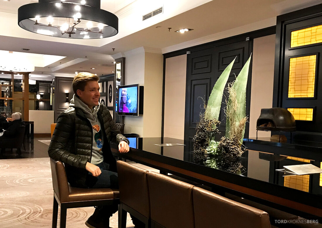 Marriott Hamburg Hotel lobby Tord Kroknes Berg