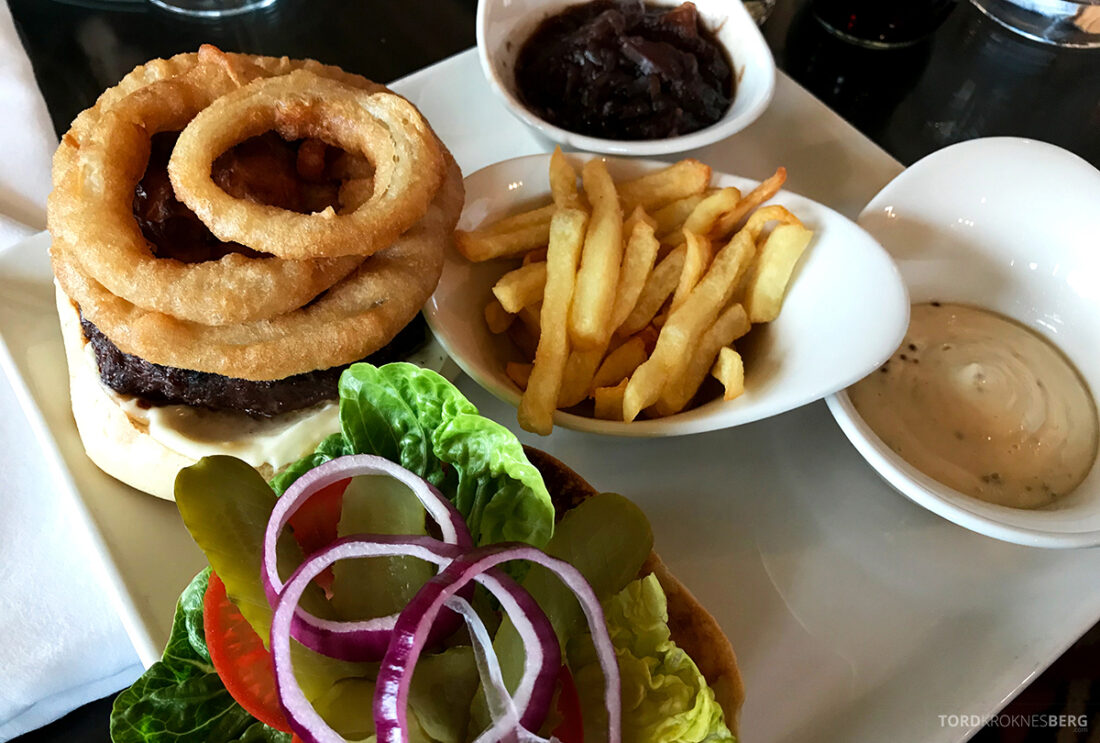 Old Course Hotel St. Andrews Scotland bar burger