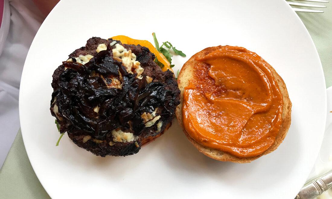 Polo Lounge Beverly Hills Hotel burger sopp
