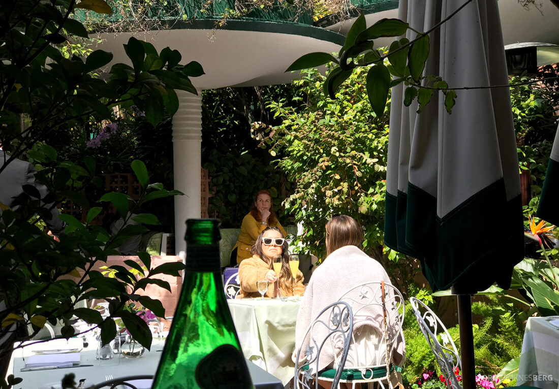 Polo Lounge Beverly Hills Hotel Sarah Ferguson