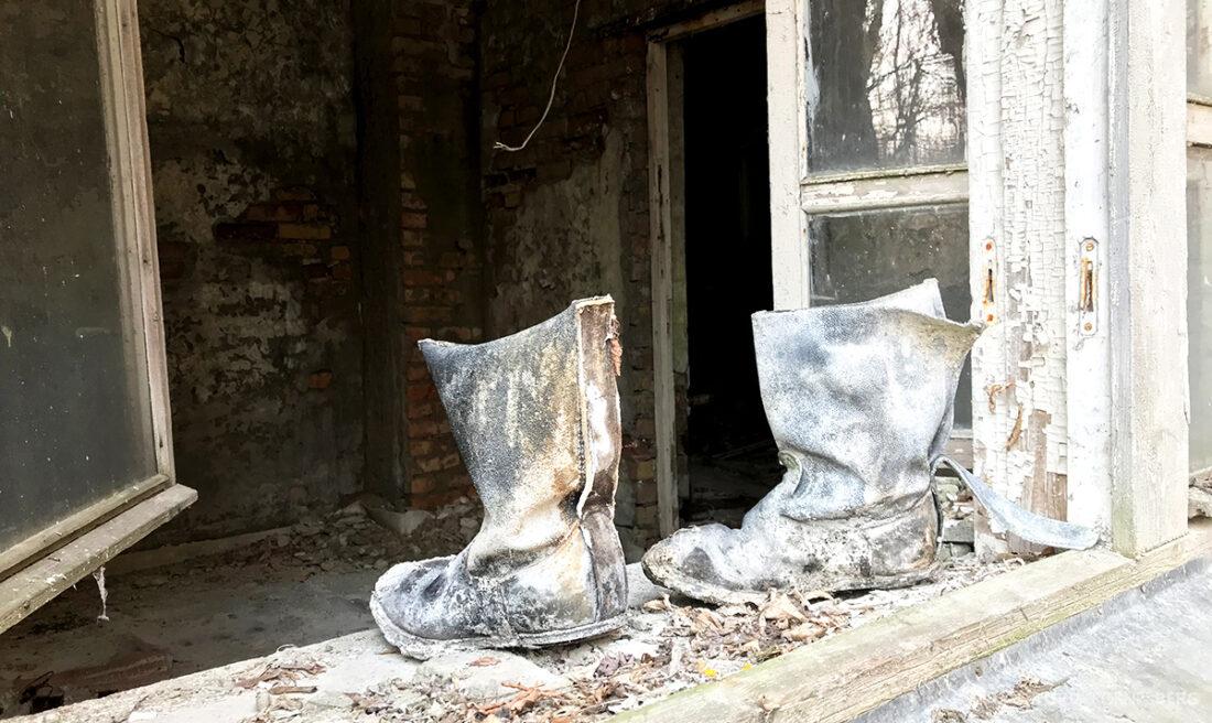 Chernobyl Pripyat Tour støvler brannmenn