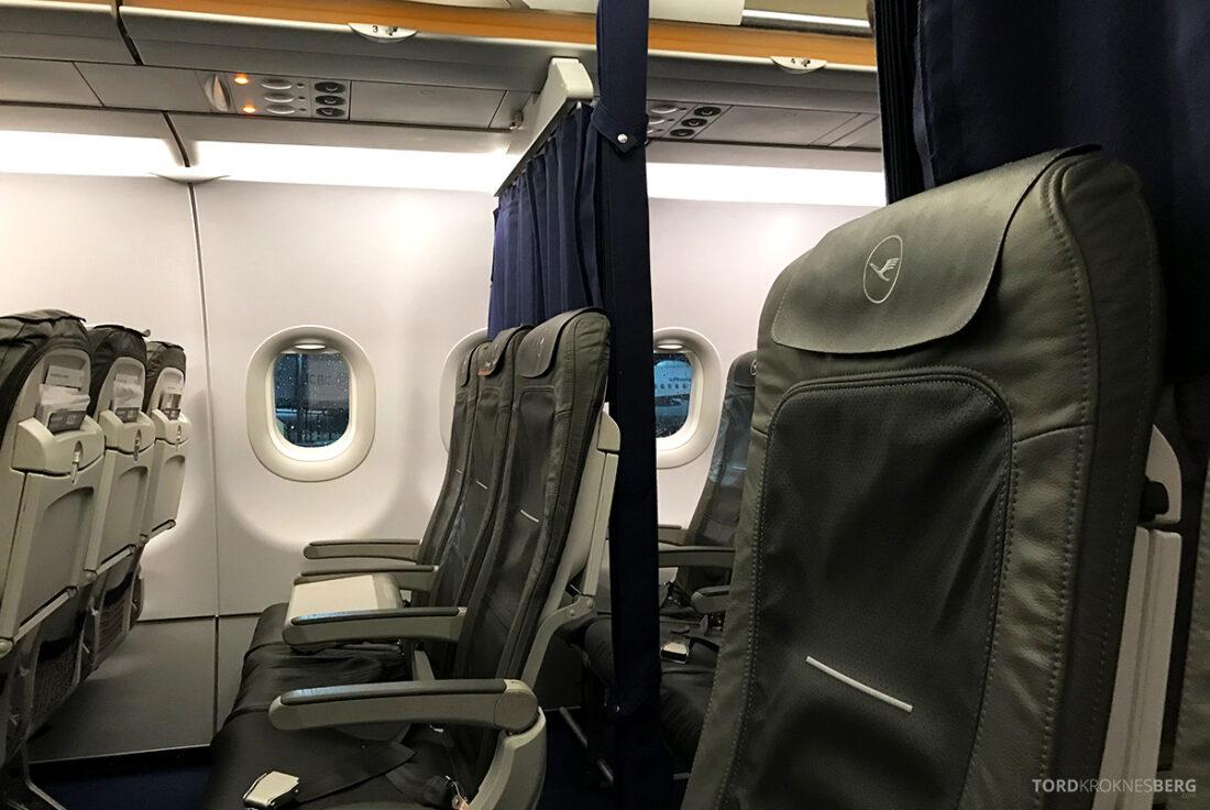 Lufthansa Economy Business Class Oslo Kiev sete