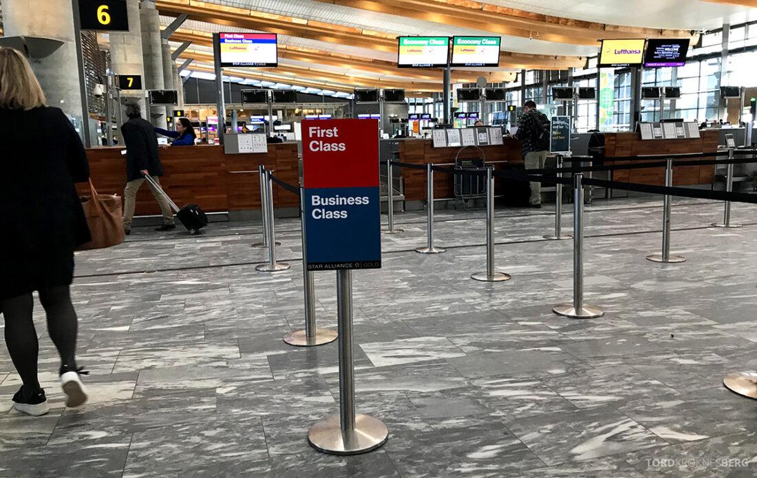 Lufthansa Economy Business Class Oslo Kiev innsjekk