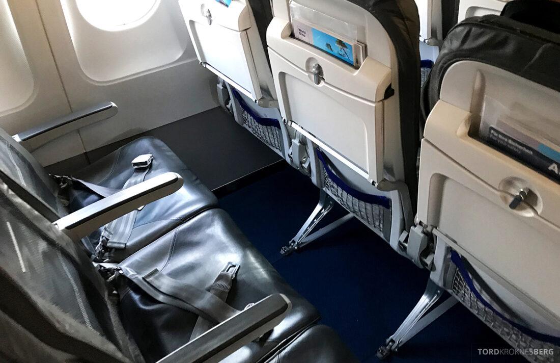 Lufthansa Economy Business Class Oslo Kiev seter