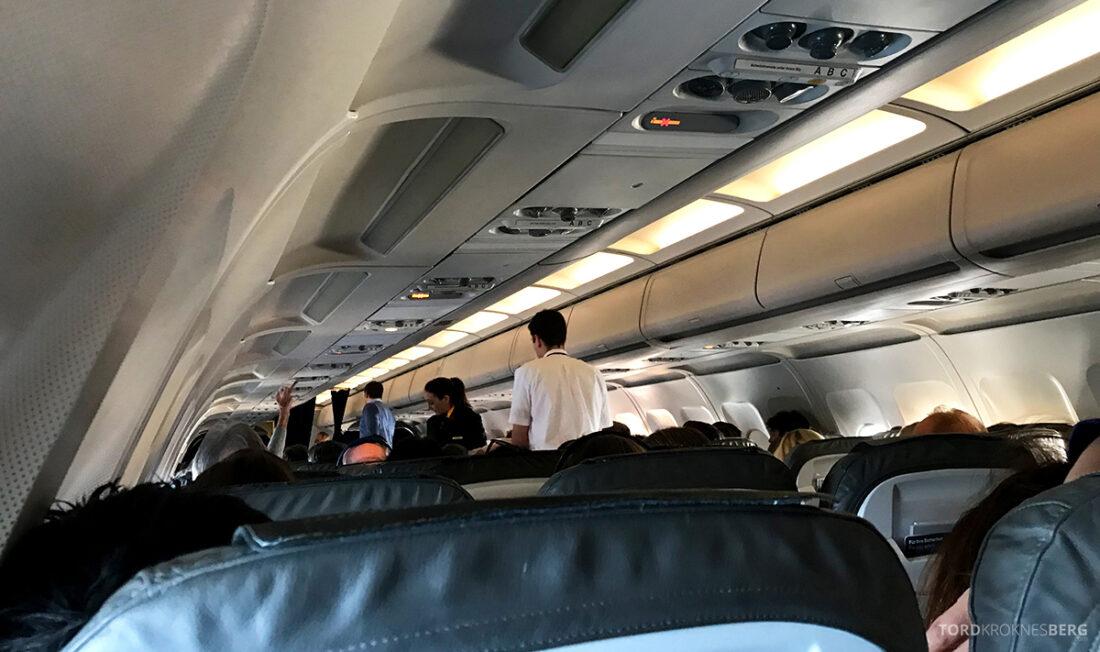 Lufthansa Economy Business Class Oslo Kiev kabin
