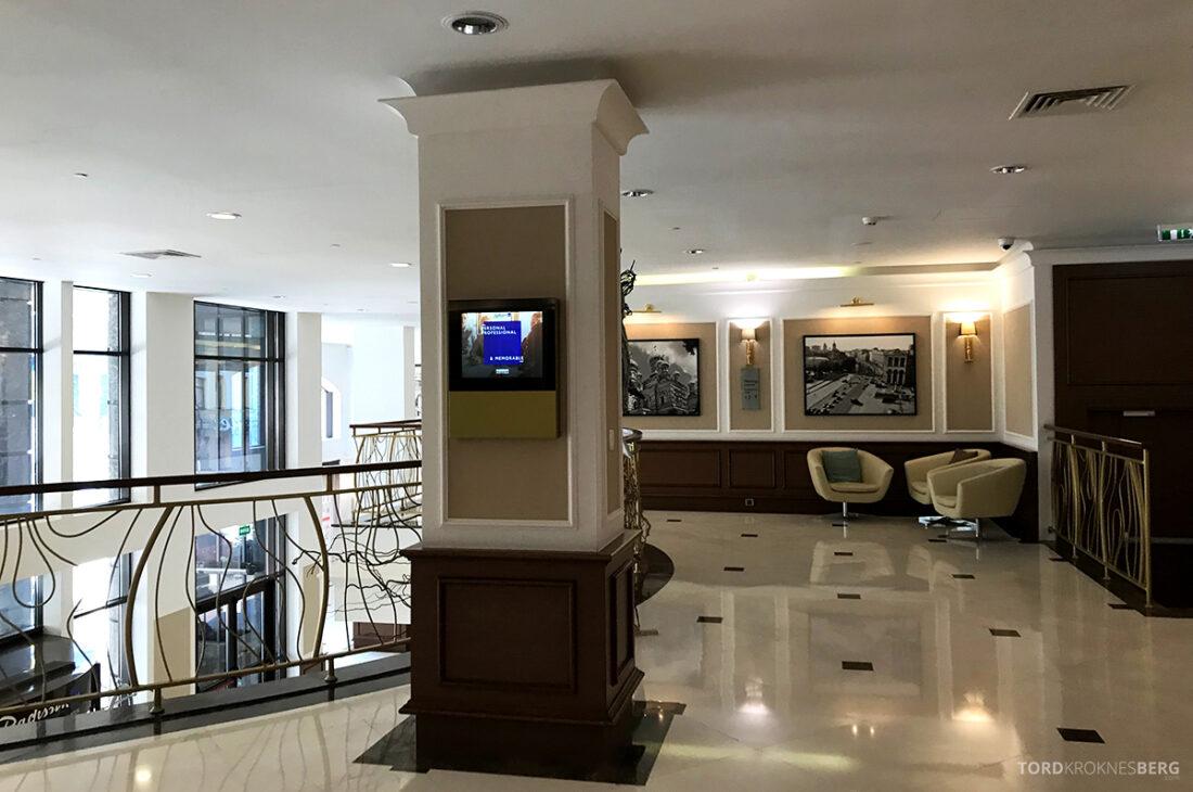Radisson Blu Hotel Kyiv Podil øvre lobby