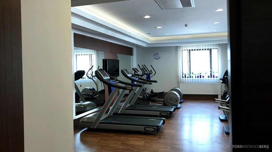 Radisson Blu Hotel Kyiv Podil gym