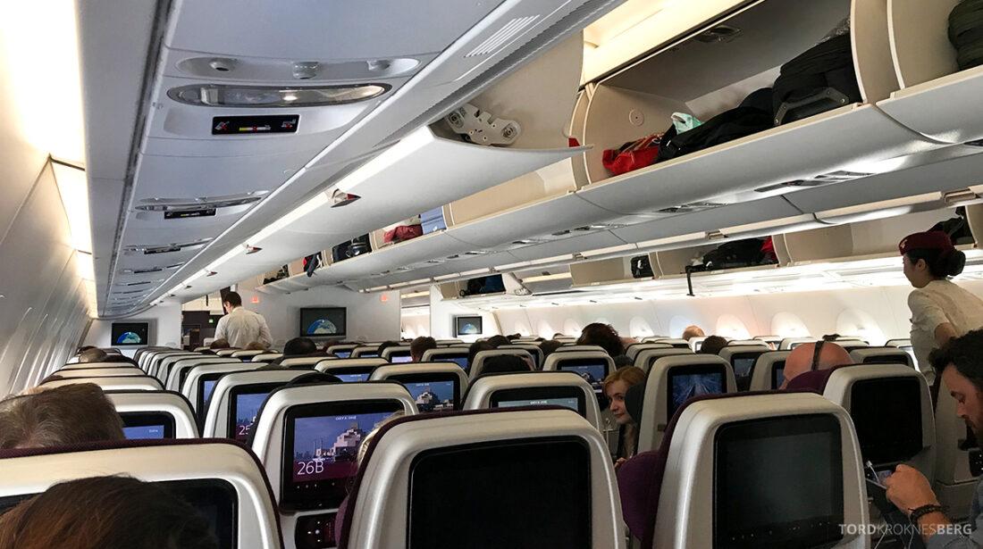 Qatar Airways Economy Class Oslo Doha kabin