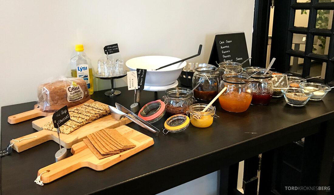 Radisson Blu 1919 Hotel Reykjavik brød og syltetøy frokost