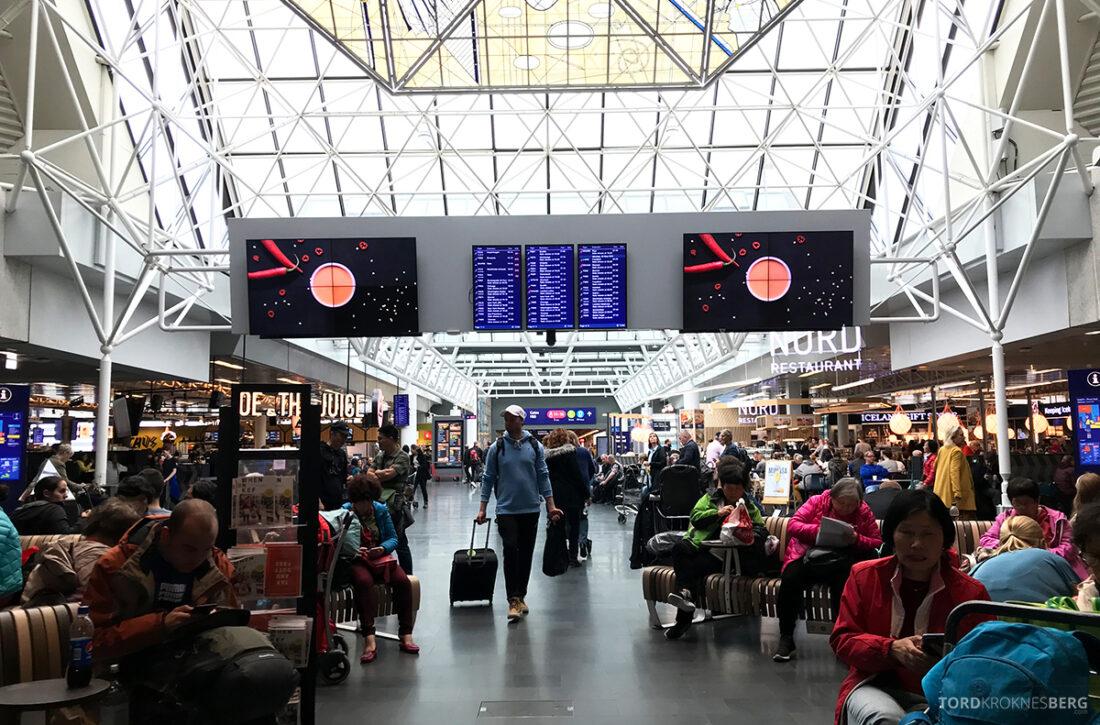 SAS Plus Reykjavik Oslo terminal