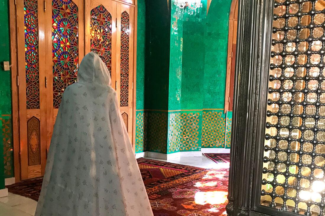 Gobustan Asteshgah Yanardag Tour Baku tildekning moske