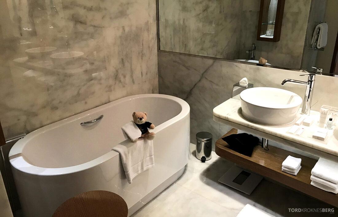 JW Marriott Absheron Hotel Baku badekar