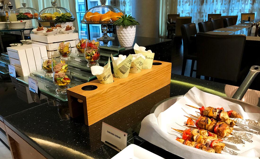 JW Marriott Absheron Hotel Baku Executive Lounge grillspyd