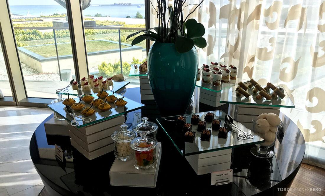 JW Marriott Absheron Hotel Baku Executive Lounge kaker