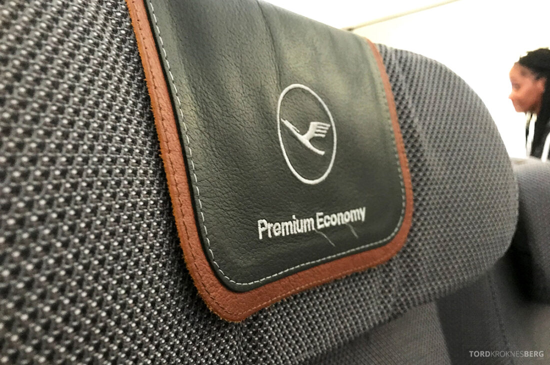 Lufthansa Premium Economy Class Oslo Frankfurt Los Angeles logo