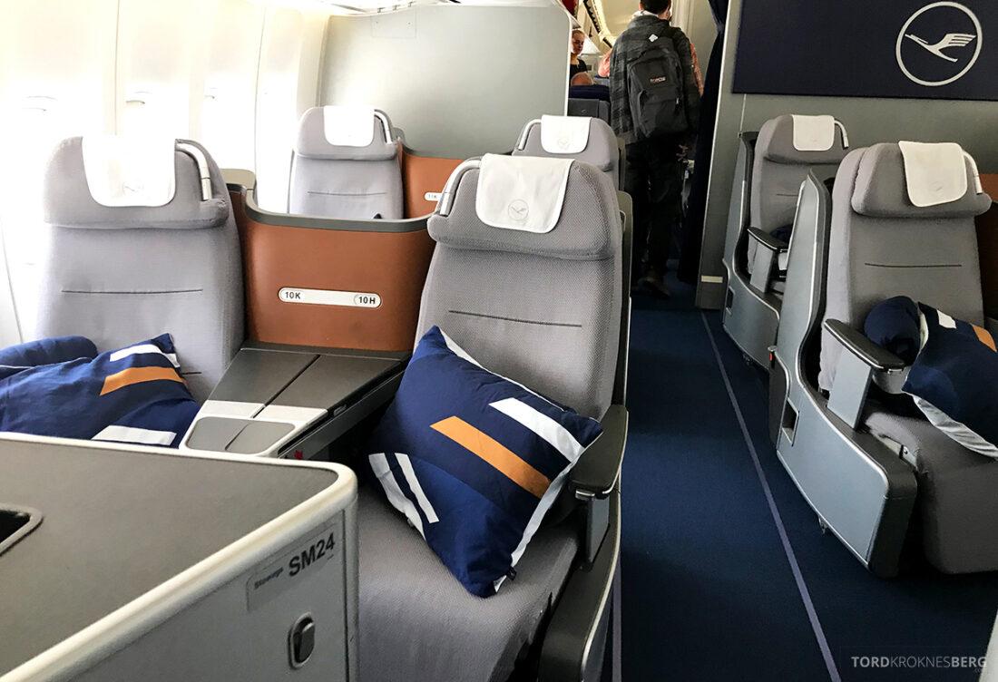 Lufthansa Premium Economy Class Oslo Frankfurt Los Angeles business class seter