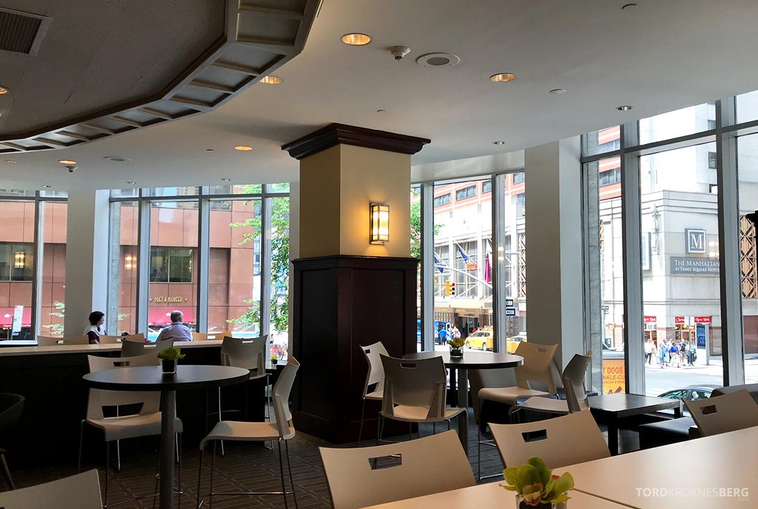 Sheraton New York Times Square Hotel Club Lounge oversikt