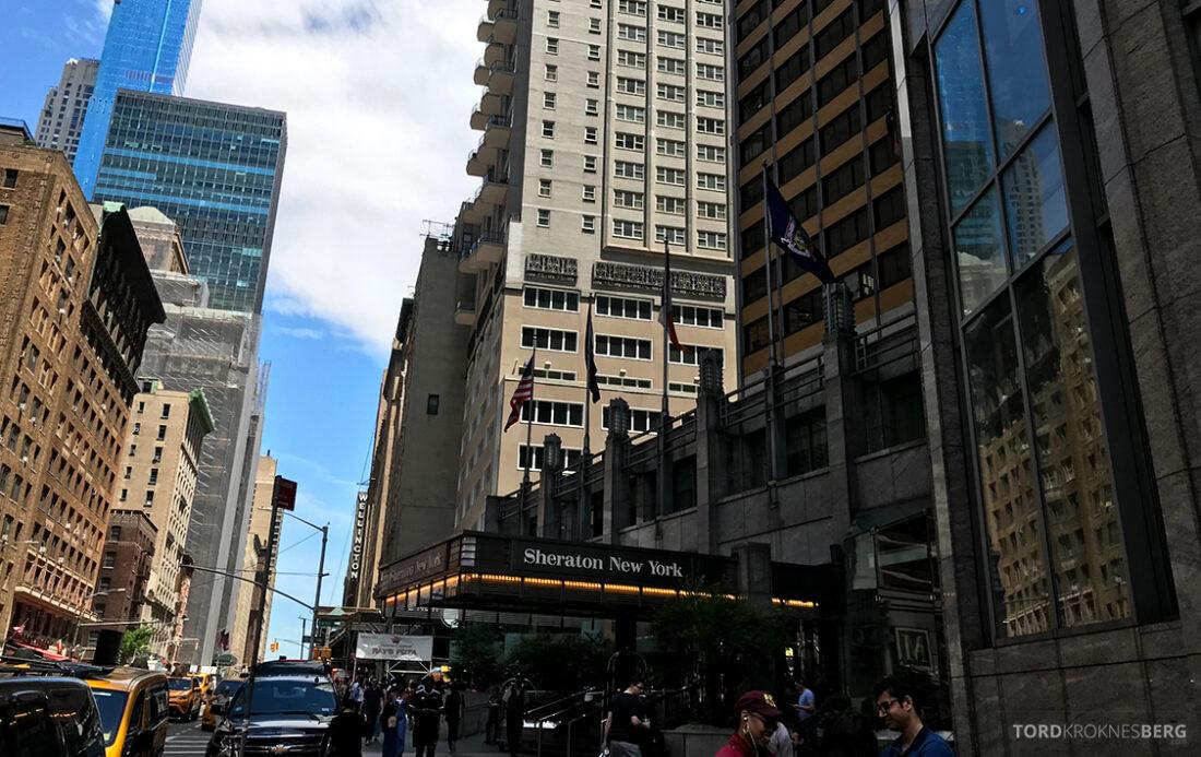 Sheraton New York Times Square Hotel fasade