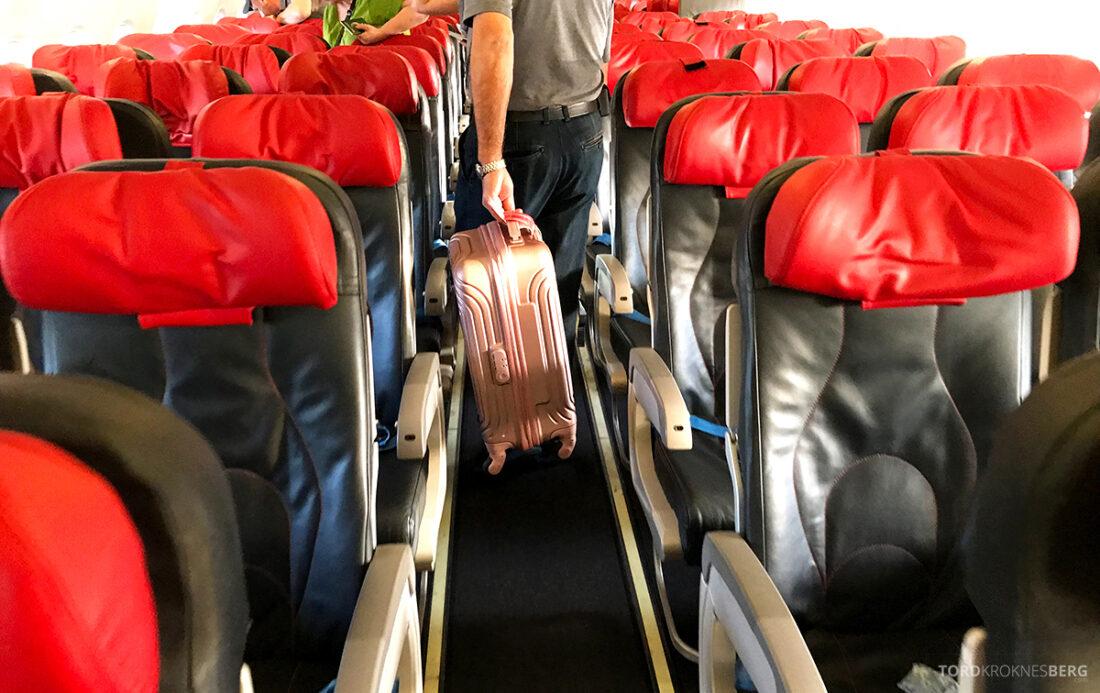 Turkish Airlines Economy Business Class Baku Istanbul Oslo ombord