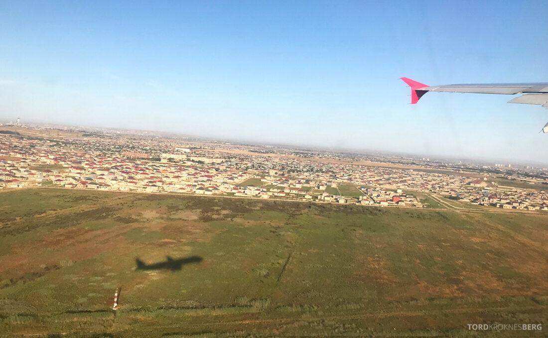 Turkish Airlines Economy Business Class Baku Istanbul Oslo adjø Azerbaijan