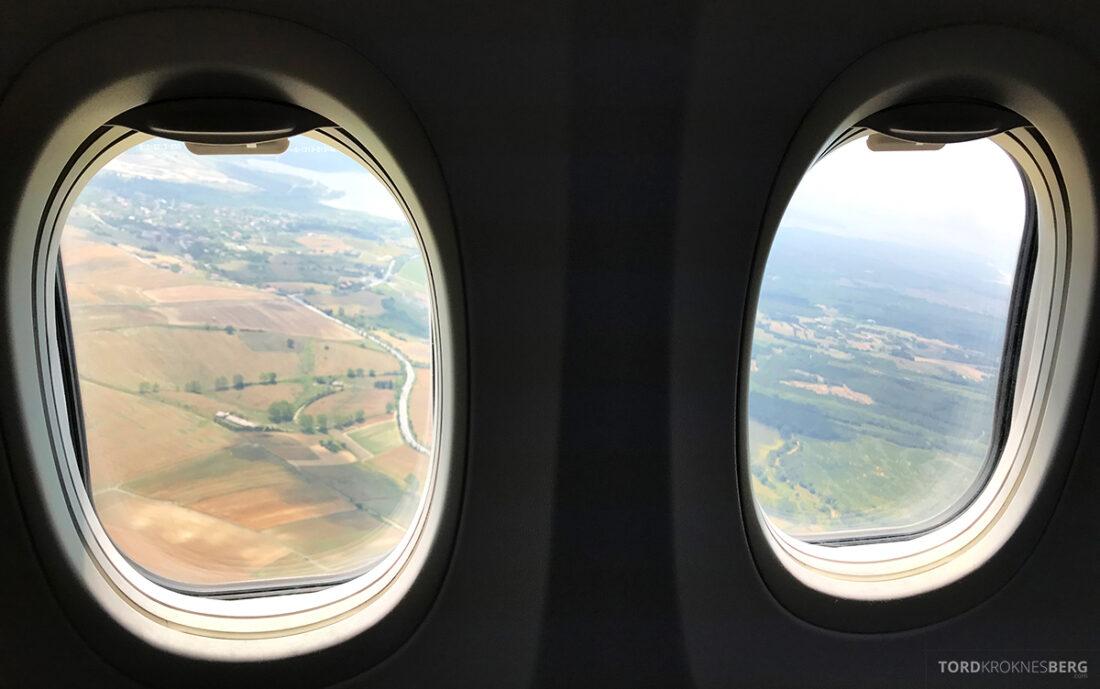 Turkish Airlines Economy Business Class Baku Istanbul Oslo utsikt